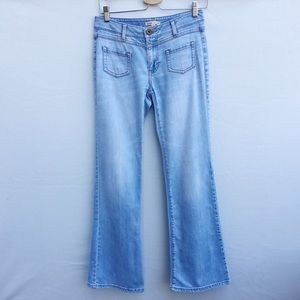 CAbi Malibu Retro Flare jeans light wash boho vibe